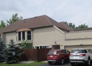 Foreclosed Home in COLONY DR, Grosse Ile, MI - 48138