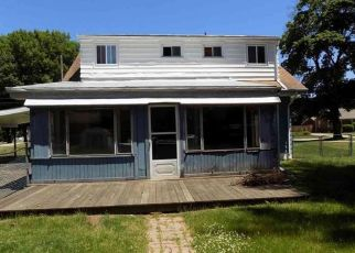 Foreclosed Home en POTOMAC AVE, Erie, PA - 16505