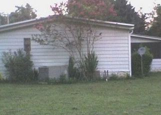 Foreclosed Home in NE 152ND CT, Silver Springs, FL - 34488