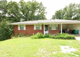 Foreclosed Home in W SCENIC DR, North Little Rock, AR - 72118
