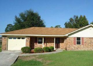 Foreclosed Home en SLADE ST, Hinesville, GA - 31313