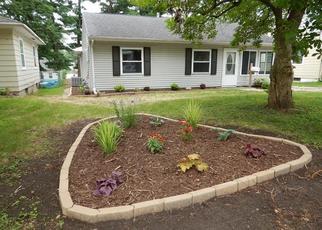 Foreclosed Home in MOUND AVE SE, Cedar Rapids, IA - 52403