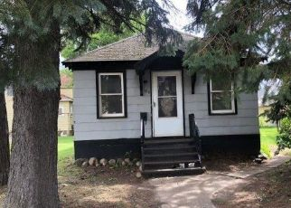 Foreclosed Home en 4TH ST S, Virginia, MN - 55792