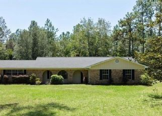 Foreclosed Home in NUTBANK RD, Moss Point, MS - 39562