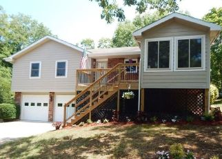 Foreclosed Home en SANTANA CIR, Reeds Spring, MO - 65737