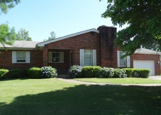 Foreclosed Home en LINK DR, Sikeston, MO - 63801