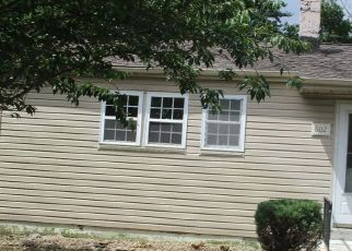 Foreclosed Home in LYNNE DR, Clayton, NJ - 08312