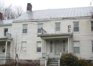 Foreclosed Home en LATTINTOWN RD, Marlboro, NY - 12542