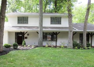 Foreclosed Home en ELZO LN, Dayton, OH - 45440