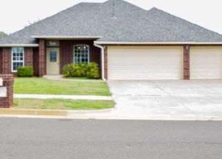 Foreclosed Home in SW 2ND ST, Yukon, OK - 73099