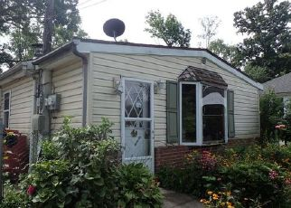 Foreclosed Home en MIAMI AVE, Norristown, PA - 19403