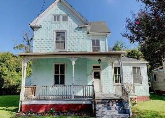 Foreclosed Home in CHAPEL ST, Hampton, VA - 23669
