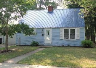 Foreclosed Home en S CLARK AVE, Marshfield, WI - 54449