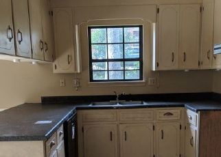 Foreclosed Home in WIMBLEDON DR, Dothan, AL - 36305