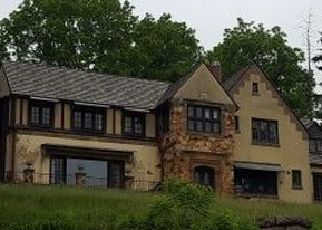 Foreclosed Home en 10TH AVE, Baraboo, WI - 53913