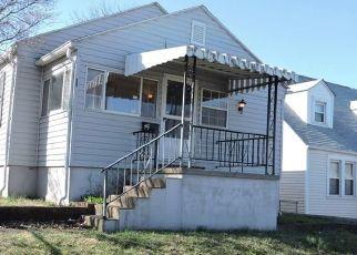 Casa en ejecución hipotecaria in Saint Albans, WV, 25177,  ABNEY ST ID: F4287660