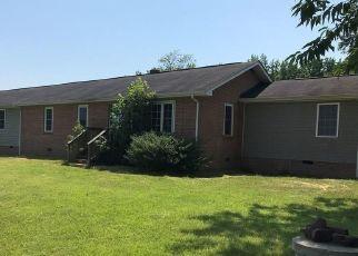 Casa en ejecución hipotecaria in Dinwiddie Condado, VA ID: F4287726