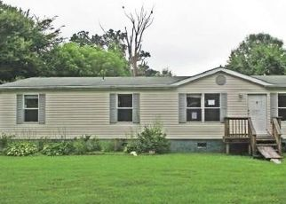 Foreclosed Home en NEW ST, Waverly, VA - 23890