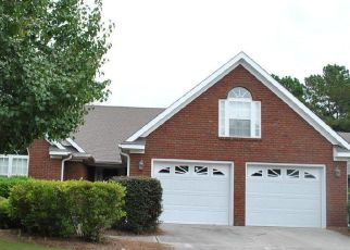Foreclosed Home in CANDLEWOOD DR, Wallace, NC - 28466
