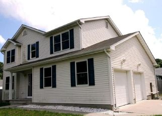 Foreclosed Home in DOWNEY AVE, Brick, NJ - 08723