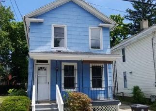 Foreclosed Home in ARTHUR ST, New Haven, CT - 06519
