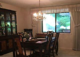 Casa en ejecución hipotecaria in Portland, OR, 97225,  SW WILLOWMERE DR ID: F4288207