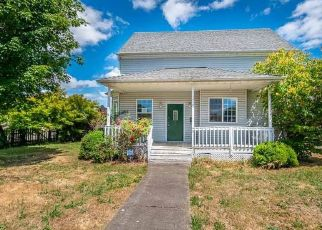 Foreclosed Home in SE UGLOW AVE, Dallas, OR - 97338