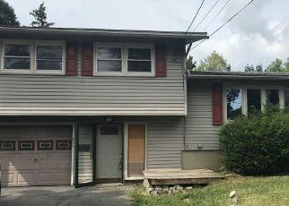 Casa en ejecución hipotecaria in Syracuse, NY, 13205,  BALLANTYNE RD ID: F4288497