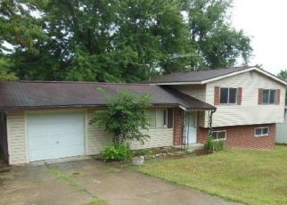 Foreclosed Home en COLGATE CIR, O Fallon, MO - 63366
