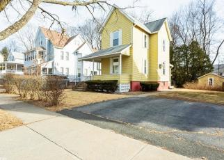 Foreclosed Home in LINDEN ST, Holyoke, MA - 01040
