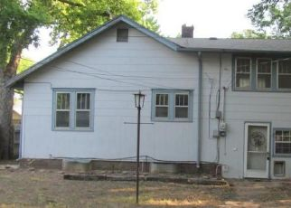 Foreclosed Home in CHARLES ST, Salina, KS - 67401