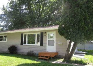 Foreclosed Home in ACKERMANT ST, Waterloo, IA - 50703