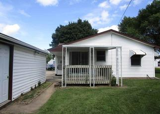 Foreclosed Home in LAPORTE RD, Waterloo, IA - 50702