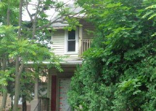 Casa en ejecución hipotecaria in Rockford, IL, 61103,  NAPOLEON ST ID: F4289174