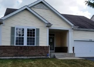 Foreclosed Home in MIDDLEBURY DR, Aurora, IL - 60503