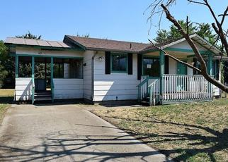 Foreclosed Home in W PERIWINKLE LN, Post Falls, ID - 83854