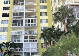 Foreclosed Home in HILLCREST DR, Hollywood, FL - 33021