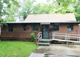 Foreclosed Home en MILL ST E, Jacksonville, FL - 32234