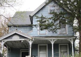 Casa en ejecución hipotecaria in Waterbury, CT, 06710,  CLINTON ST ID: F4289402