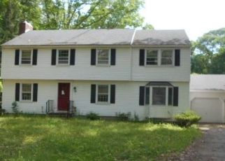 Foreclosed Home in LINDEN LN, Southbury, CT - 06488