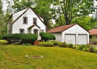 Foreclosed Home en STADLEY ROUGH RD, Danbury, CT - 06811