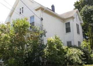 Foreclosed Home en WILLIAMS ST, Norwich, CT - 06360
