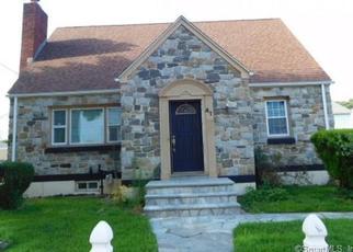 Foreclosed Home en BERKELEY PL, Bridgeport, CT - 06610