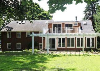 Foreclosure Home in Southport, CT, 06890,  OSBORNE LN ID: F4289472