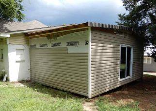 Casa en ejecución hipotecaria in Birmingham, AL, 35208,  FAYETTE AVE ID: F4289678
