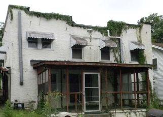 Casa en ejecución hipotecaria in Birmingham, AL, 35206,  80TH PL S ID: F4289686