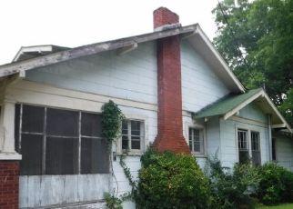 Casa en ejecución hipotecaria in Gadsden, AL, 35901,  HENRY ST ID: F4289705