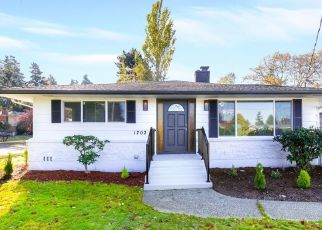 Foreclosed Home en S 80TH ST, Tacoma, WA - 98408