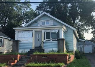 Foreclosed Home en QUINCY ST, Albany, NY - 12205