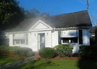 Foreclosed Home en VARNER AVE, Greeleyville, SC - 29056